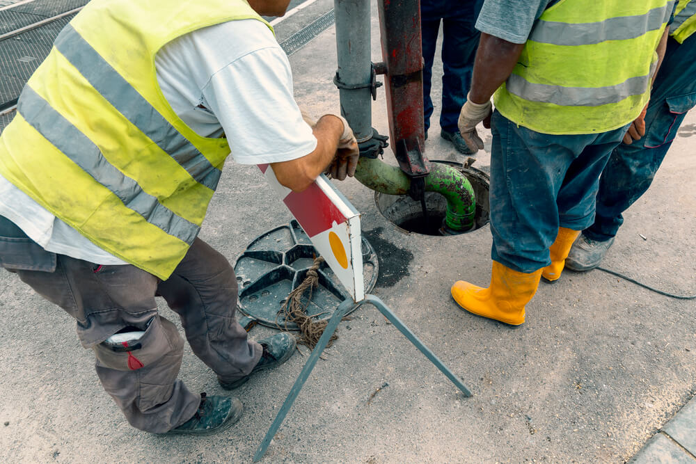 Sewer line inspection-TomsPlumber.com